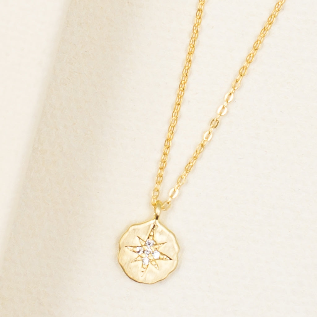dainty delicate cubic zirconia starburst star gold pendant necklace