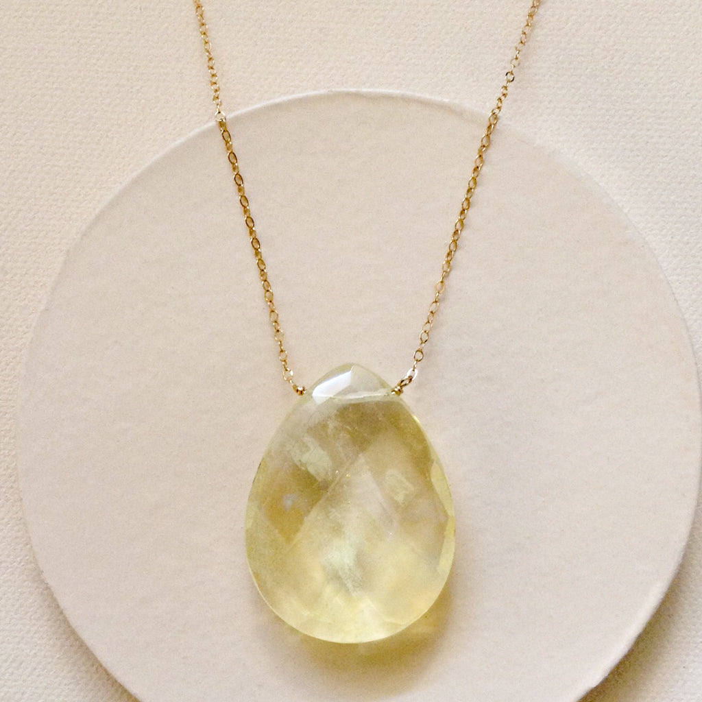 Z-Jennifer Lopez Pineapple Quartz Necklace