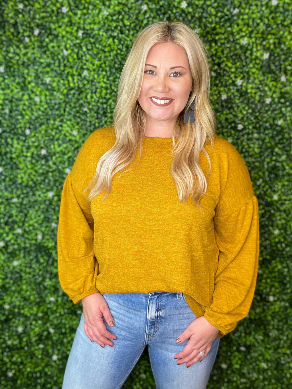 Curvy Keep Me Comfy Sweater - Preppy Pineapple