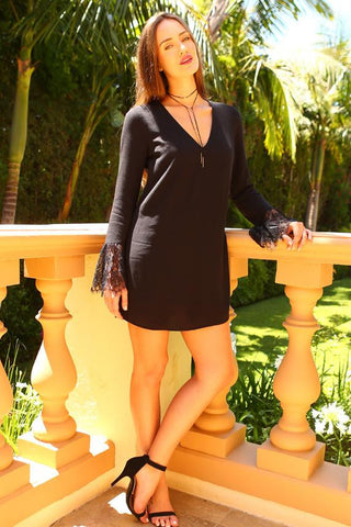 Womens Long Lace Sleeve V-Neck Dress - Small / Black
