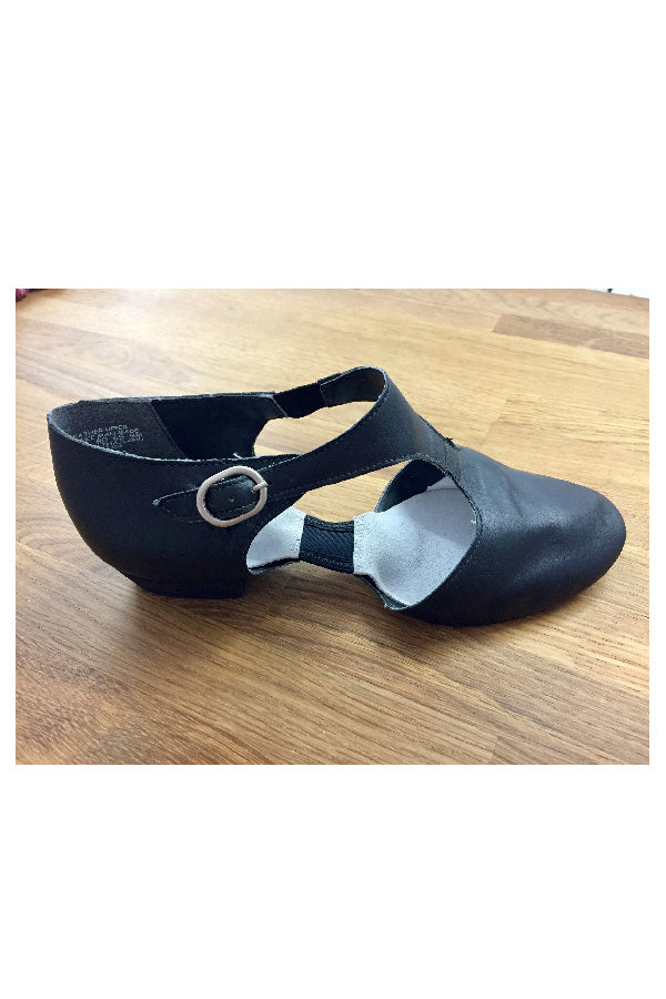 Capezio Pedini Teaching Shoe U321