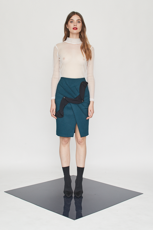 Lock Down Ruffles Skirt