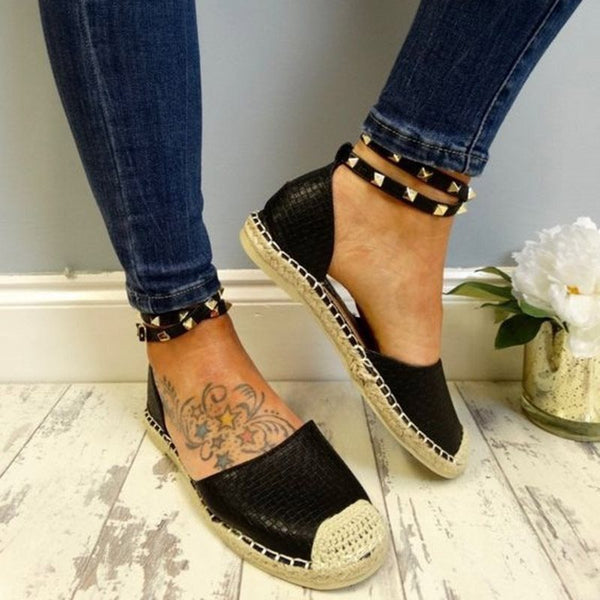 Line-Style Buckle Rivet Round Toe Block Heel Plain Thin Shoes