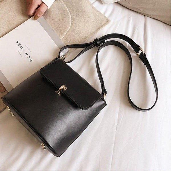 PU Plain Lock Crossbody Bags