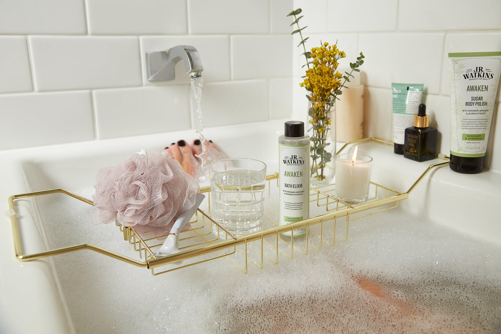 How To Create the Perfect Bath Ritual for National Bath Day