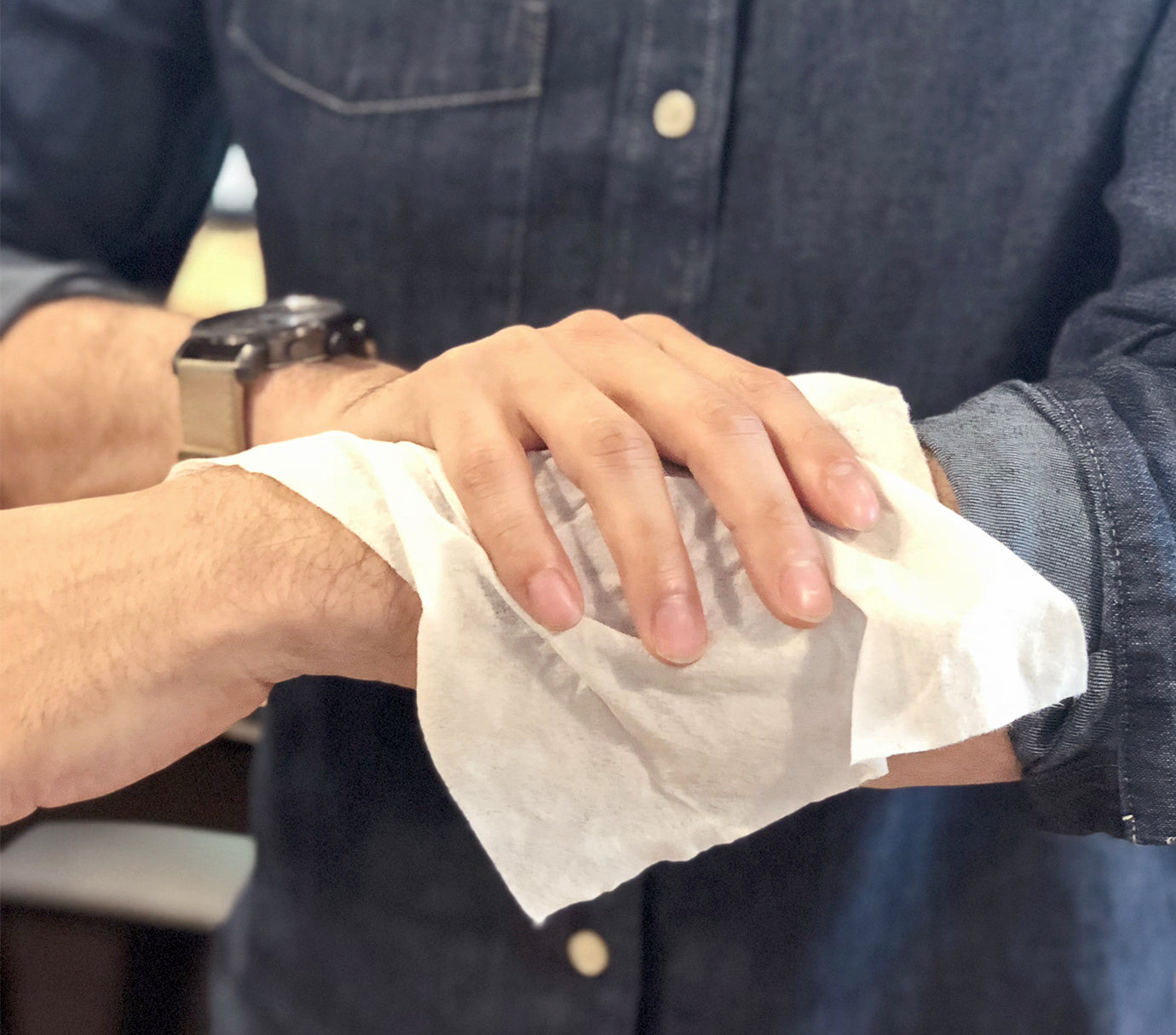How To Use - Men's Face & Body Wipes
