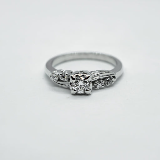 18K white gold and diamond ring - VIN0063