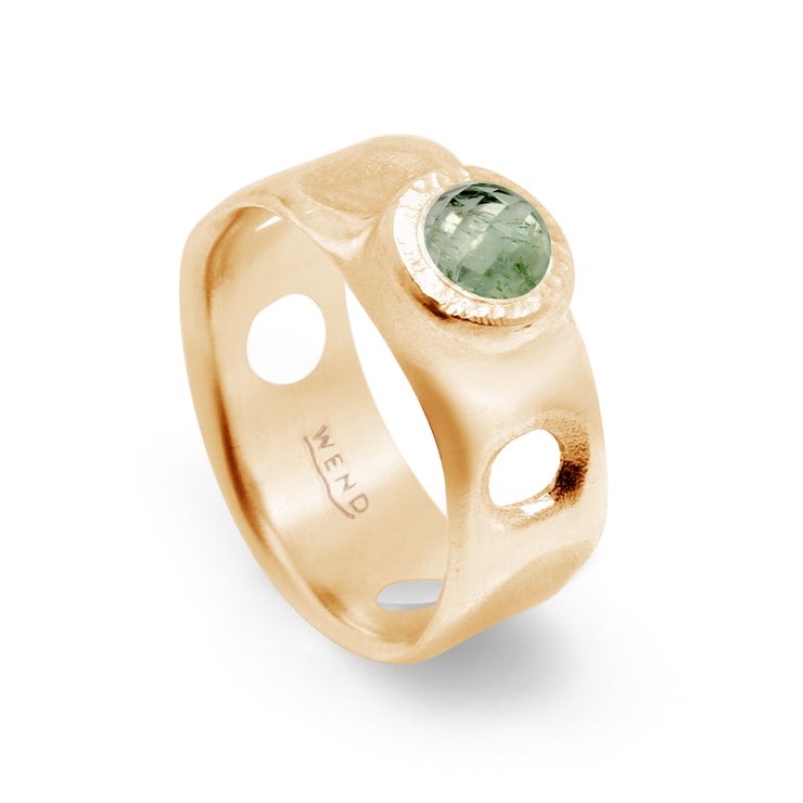 Tidepools rings inspired by ocean tide pools with Montana Sapphire in certified recycled gold by WEND Jewelry