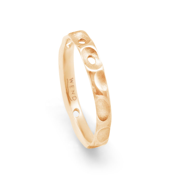 Tidepools ring band inspired by ocean tide pools made from certified recycled gold by WEND Jewelry