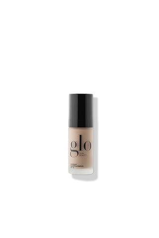 glo Luminous Liquid Foundation SPF 18