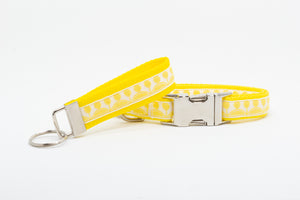 Yellow Topiary Standard Dog Collar