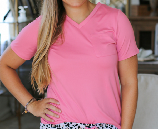Highlands Vneck Pocket Tee, Pink