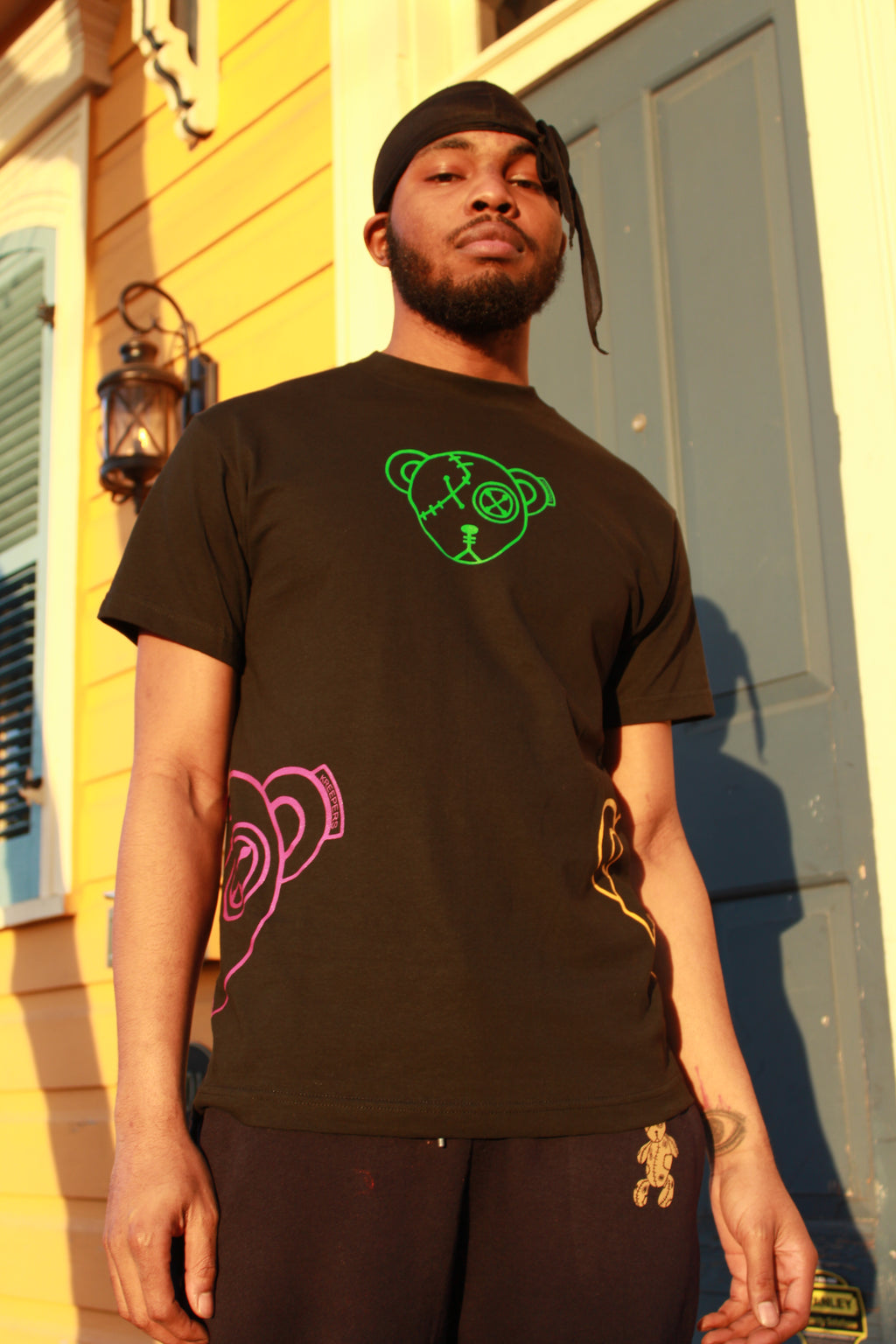 Bernard The Bear G4 T-shirt (Black) Mardi Gras