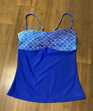Load image into Gallery viewer, Ombré Blues Tankini adjustable straps (S)