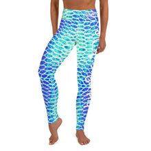 Load image into Gallery viewer, Blue Scale Yoga Leggings