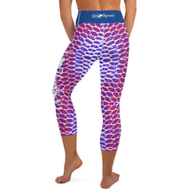 Load image into Gallery viewer, Patriotic Fish Scale Capri Leggings