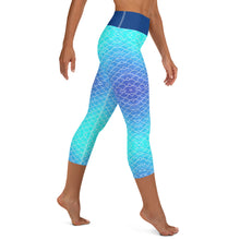 Load image into Gallery viewer, Ombre Blues Reel Mermaid Capri Leggings