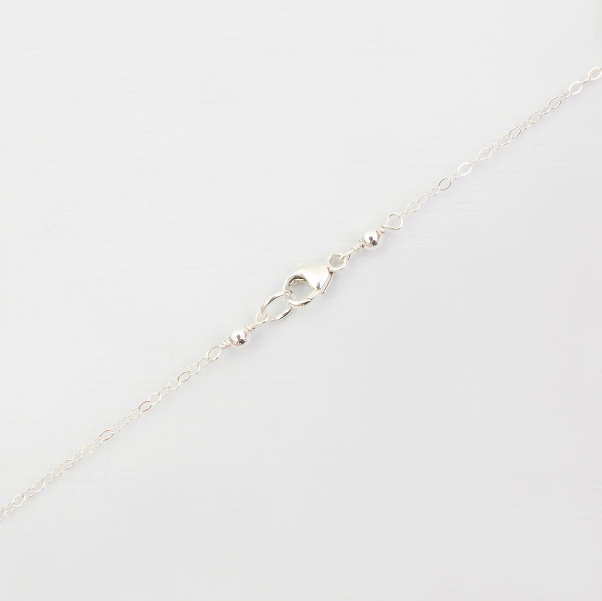 Vertical bar necklace 'Guinevere'