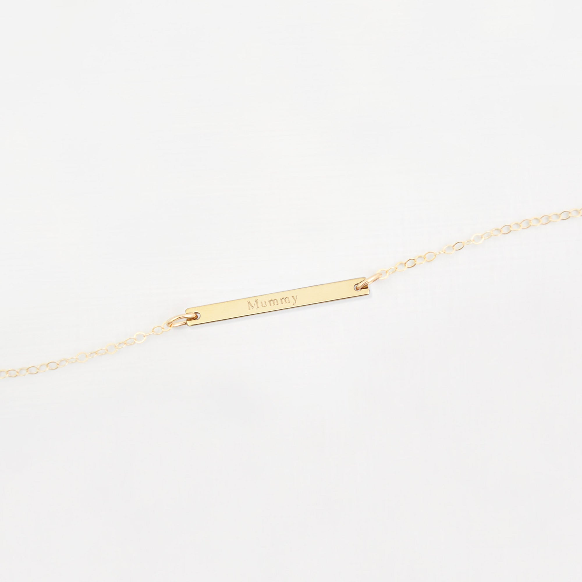Personalised 'family name' bar necklace 'Elodie'