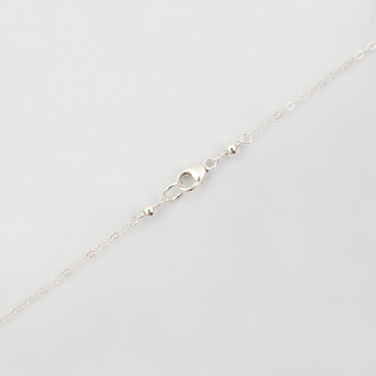Personalised vertical bar 'initial' necklace 'Diem'