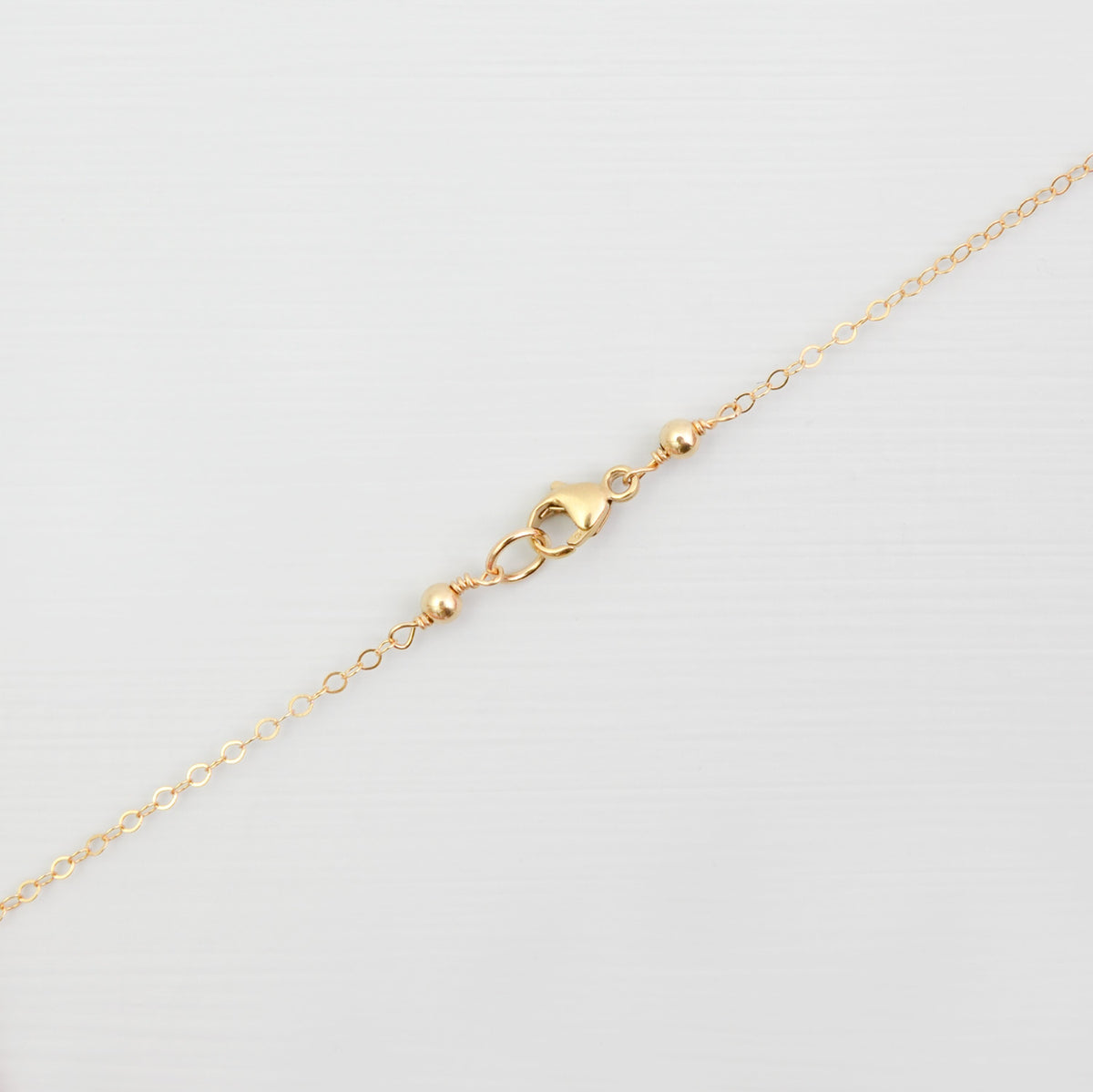 Freshwater pearl and swallow charm necklace 'Alma'