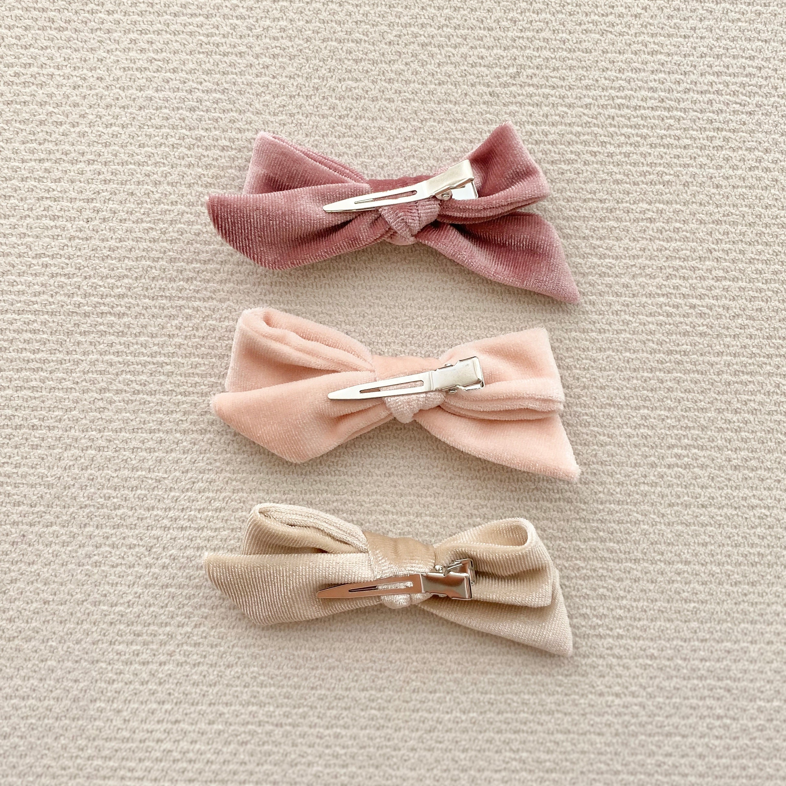 Velveteen Bow Hair Clips in Champagne (Pack of 3)