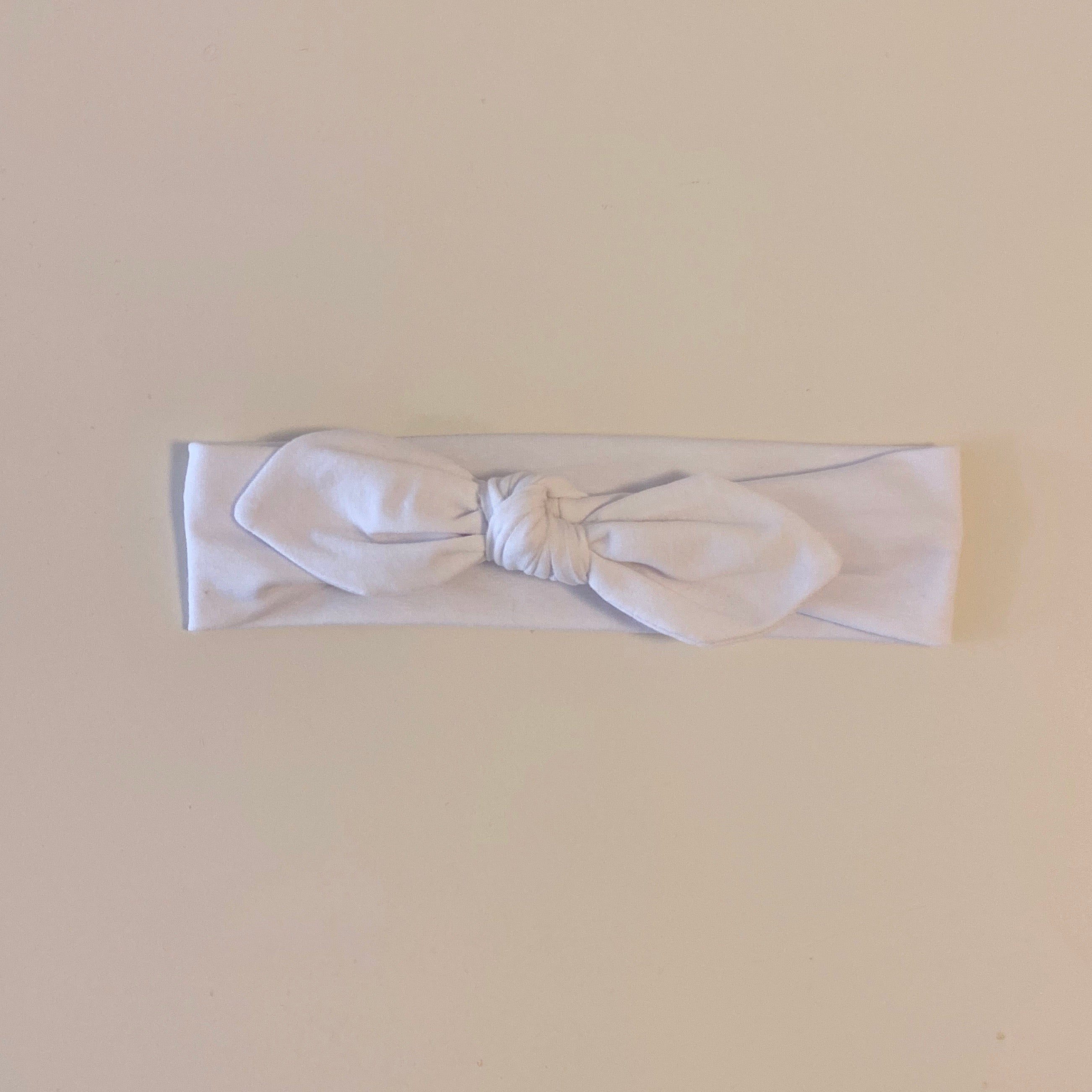 Bunny Bow Headband in Blanc