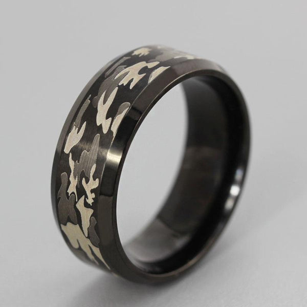 Camouflage Black Ring
