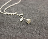 Delicate Rose Flower Pendants Necklace