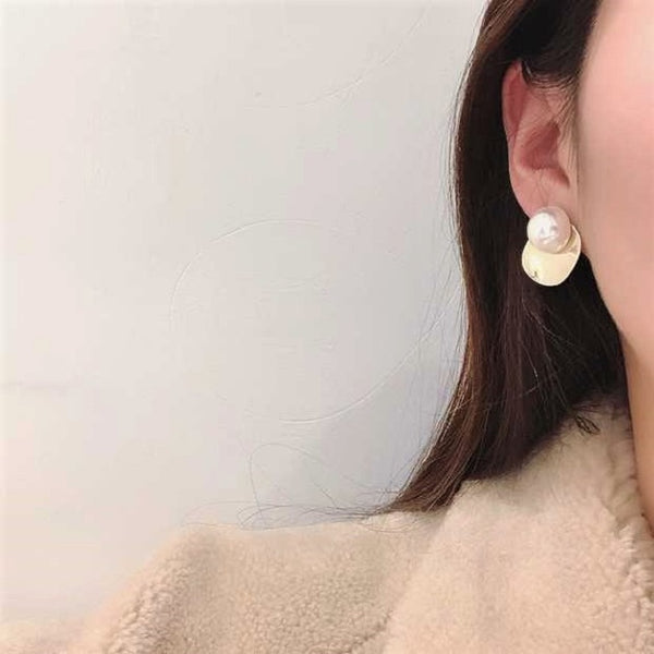 Casei Earrings
