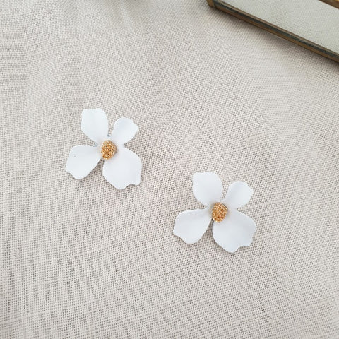 Fleur Earrings (White), Earrings - The Happy Beach