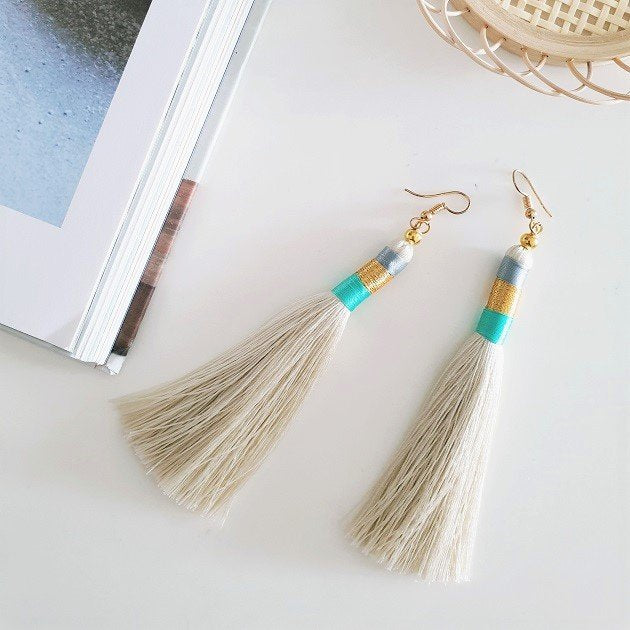 Poppy Tassel Earrings (Ivory), Earrings - The Happy Beach