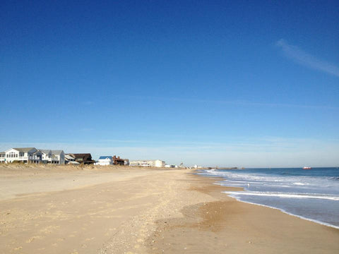Dewey makes an excellent choice for those looking for a soft-sand beach with a little bit of nightlife.