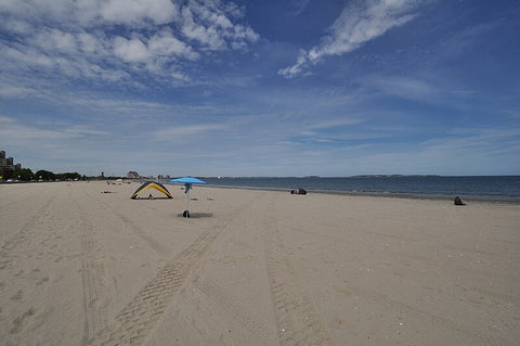 For the New England San Sculpting Festival and younger crowds, check out Revere Beach. (Credit: Magicpiano on Wikipedia)