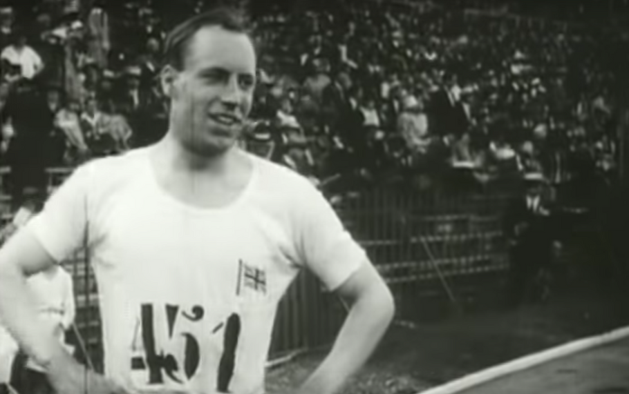 Watch Eric Liddell compete at 1924 Olympic Games