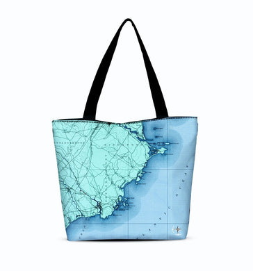 Kennebunkport Canvas Zip Tote