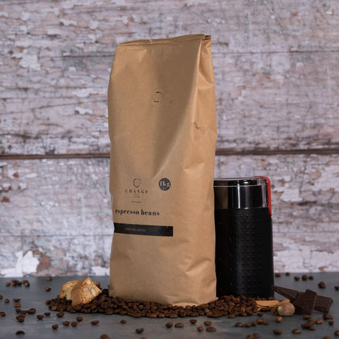 Brew Boffin Set - CHANGE COFFEE BEANS - BRAZILIAN & INDIAN BLEND 1kg - with Grinder