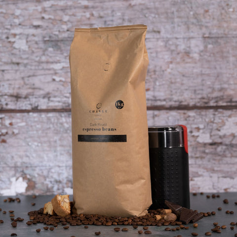 Brew Boffin Set - Change Coffee Dark Roast Beans - Brazilian & Indian - 1kg - with Grinder