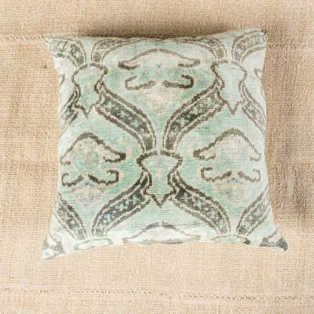 Modern Velvet Green Sofa Pillow-Turkish Rugs-Oriental Rugs-Kilim Rugs-Oushak Rugs