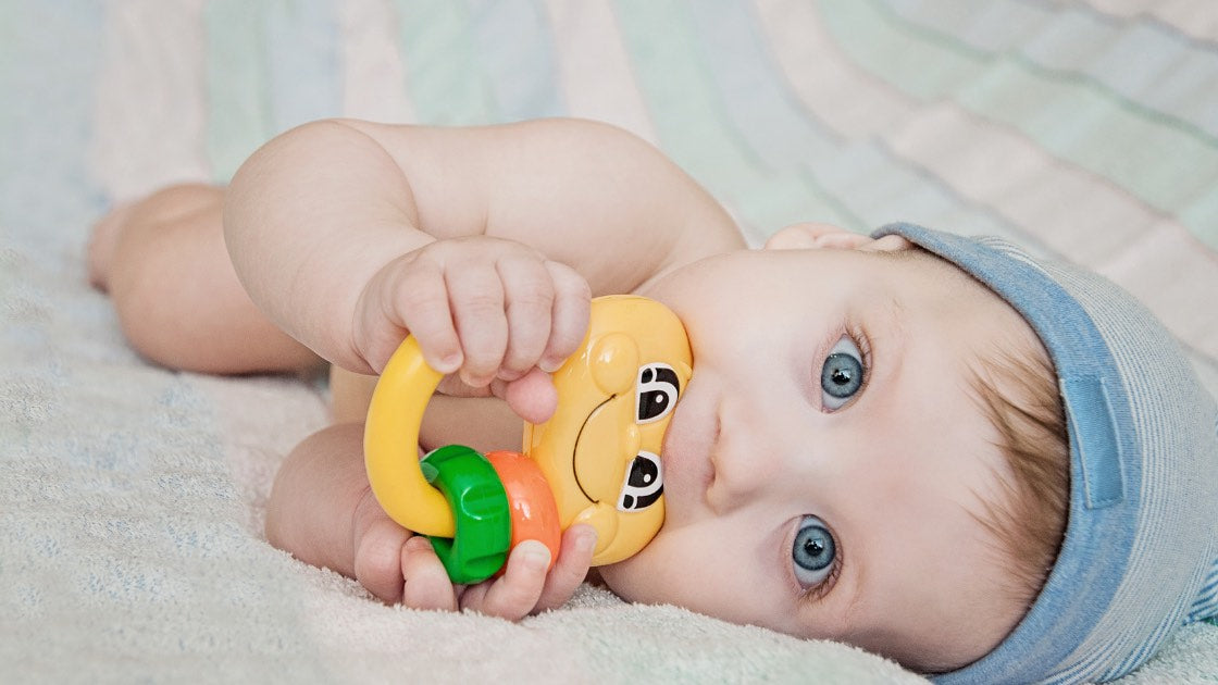 Teething: What to expect, how to sooth and what to watch out for…