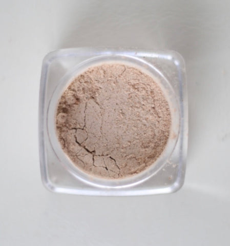 Girl Powder Face Powder (Medium)
