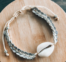 Load image into Gallery viewer, She sells Seashells by the Seashore Bracelet