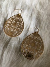 Load image into Gallery viewer, Intricate Filigree Floral Teardrop Earrings-Gold