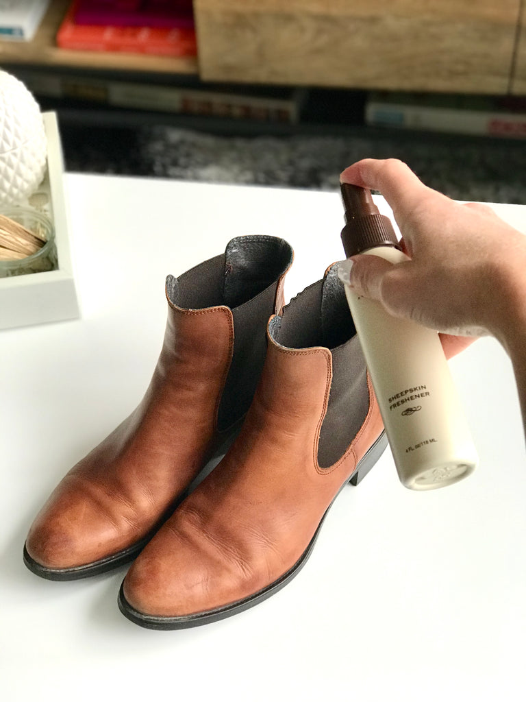How to remove smell from leather boots