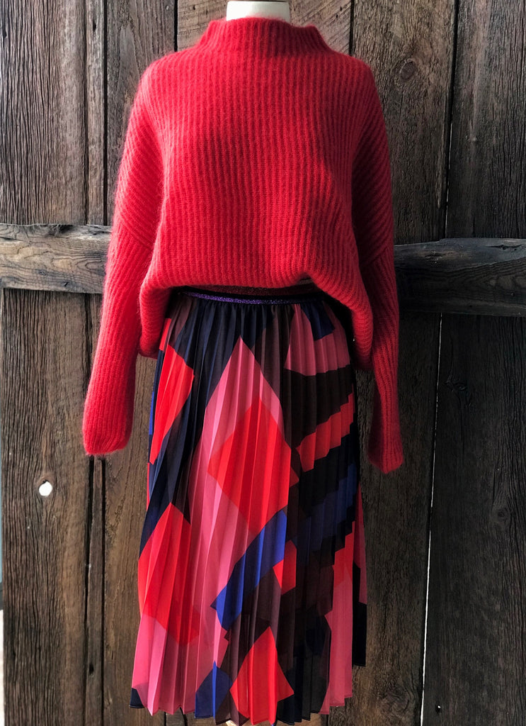 Skirt and sweater to wear to thanksgiving dinner