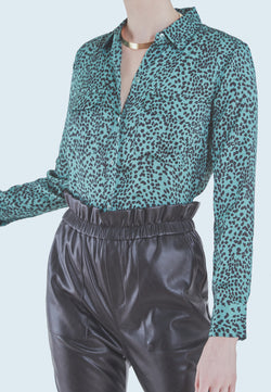 Equipment Slim Signature Blouse in Moroccan Jade