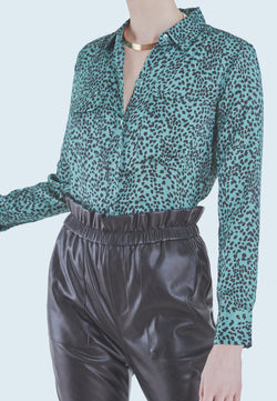 Buy Item : Equipment Slim Signature Blouse in Moroccan Jade