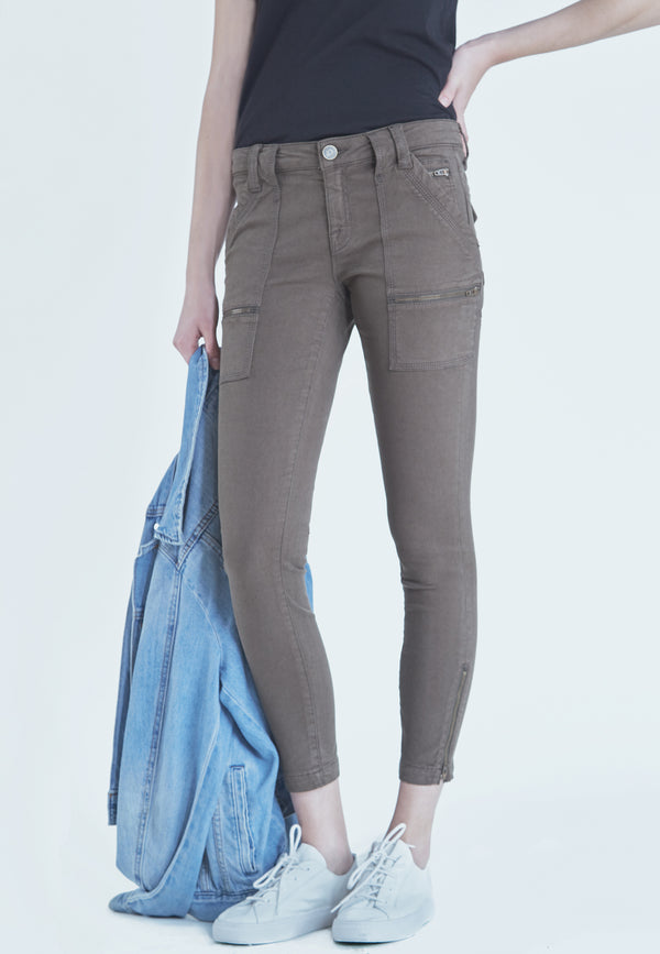 Joie Park Skinny Pants in Fatigue Green