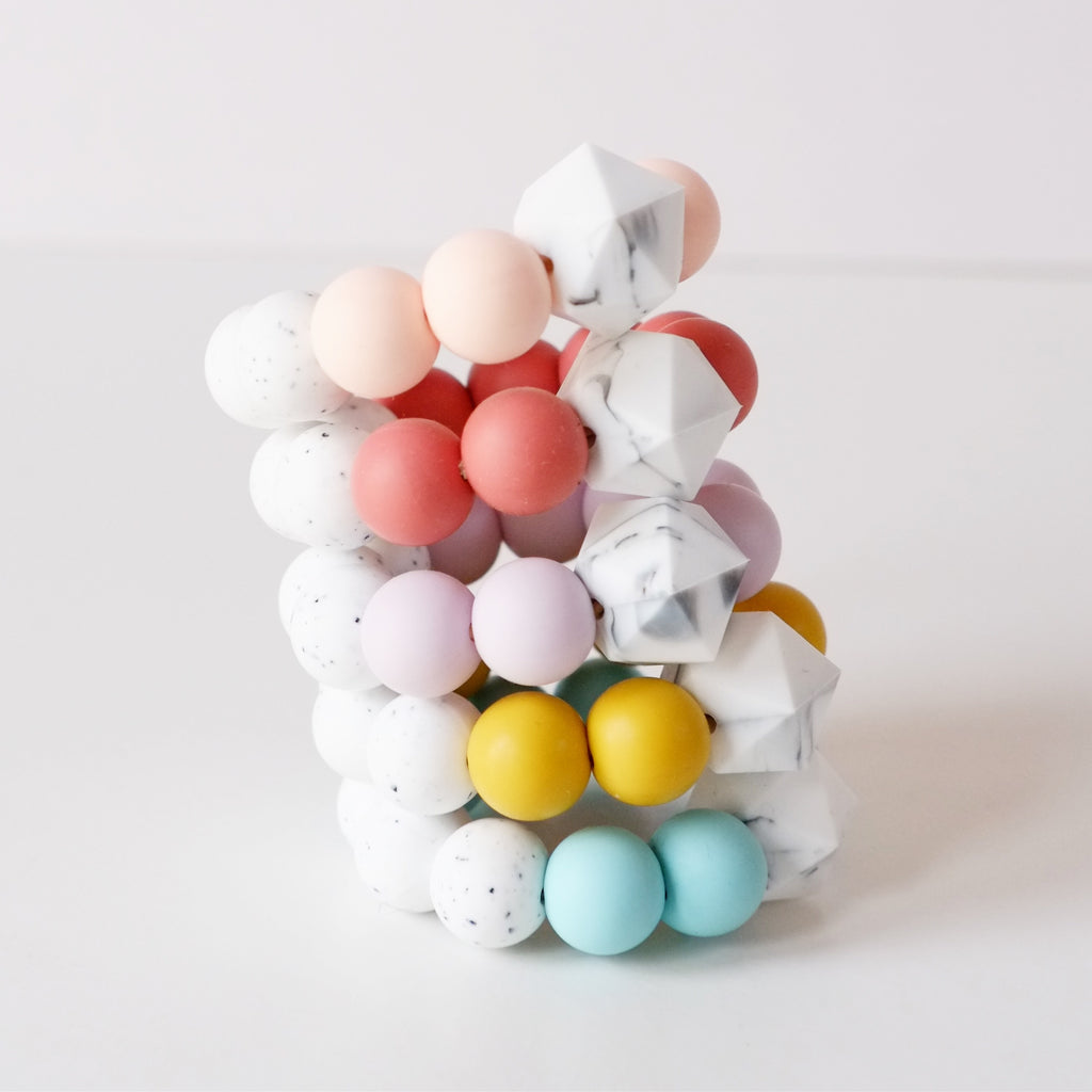 Colour pop silicone teething toy - Blossom&Bear