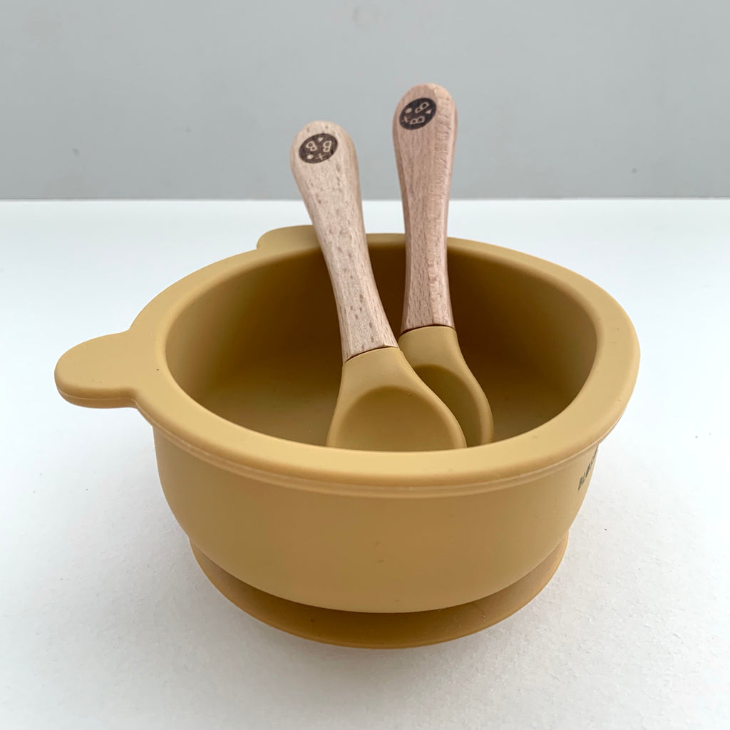 Mustard 'CUB' Silicone Dinnertime set